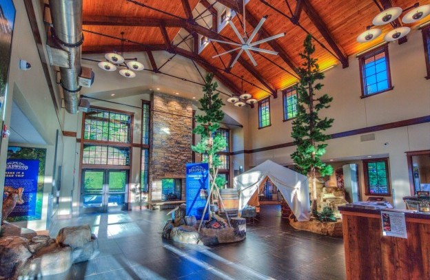 Deadwood Weclome Center 096 097 098 099 100hdr