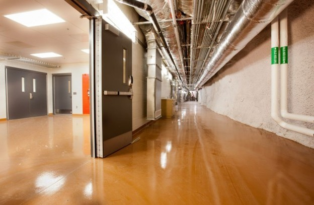 Transition area corridor completed full